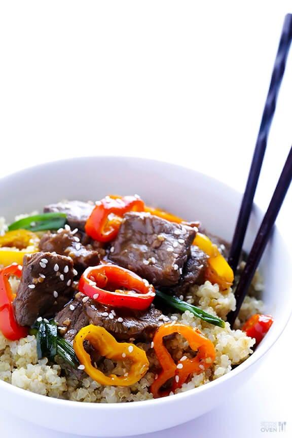 Easy Pepper Steak Recipe | gimmesomeoven.com
