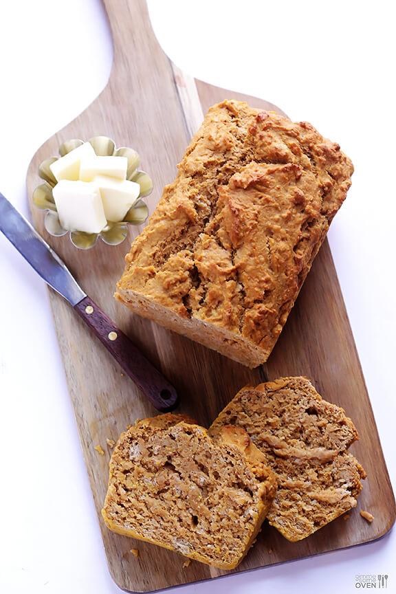 Pumpkin Beer Bread Recipe   gimmesomeoven.com