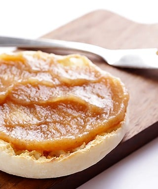 Easy Stovetop Pear Butter Recipe | gimmesomeoven.com
