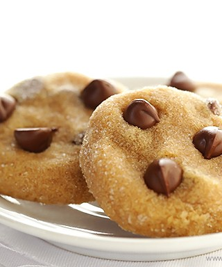 4 Ingredient Peanut Butter Chocolate Cookies 1