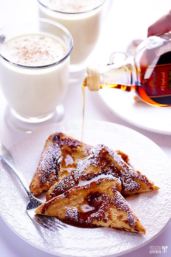 Eggnog French Toast | gimmesomeoven.com