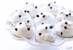 Chocolate Chip Meringue Cookies {Gimme Some Oven}