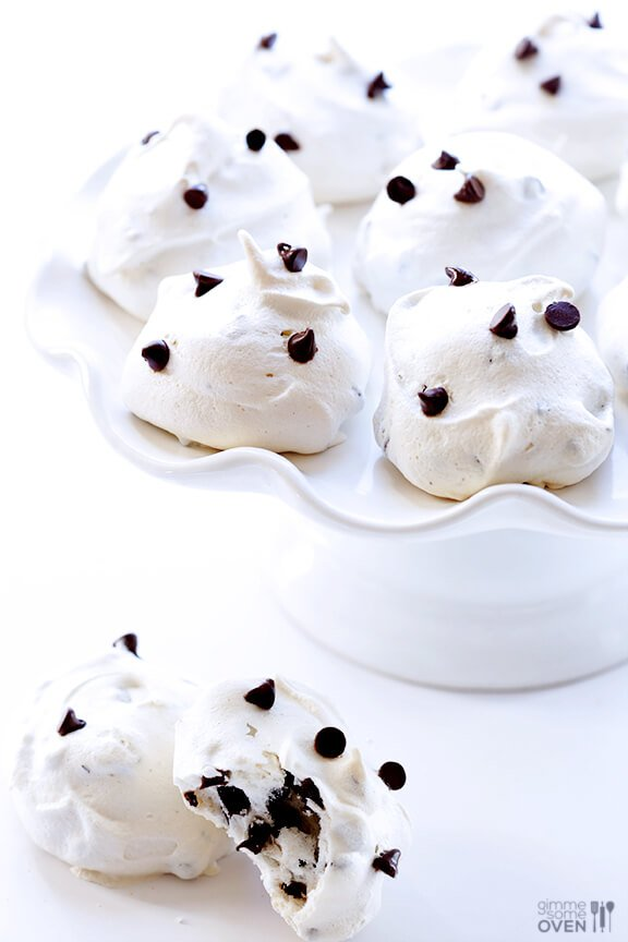 35-Calorie Chocolate Chip Meringue Cookies | gimmesomeoven.com