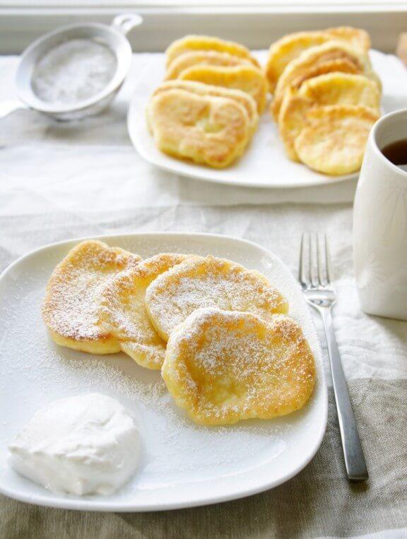 Syrniki (Farmers cheese pancakes) | yelenasweets.com