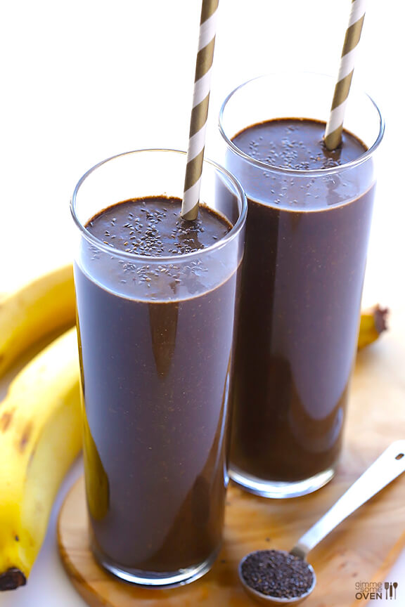 Chocolate Chia Smoothie | gimmesomeoven.com #vegan #glutenfree