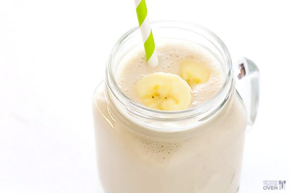 Peanut Butter Banana Smoothie Recipe | gimmesomeoven.com