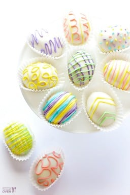 4-Ingredient Easter Egg (Golden) Oreo Truffles {Gimme Some Oven}