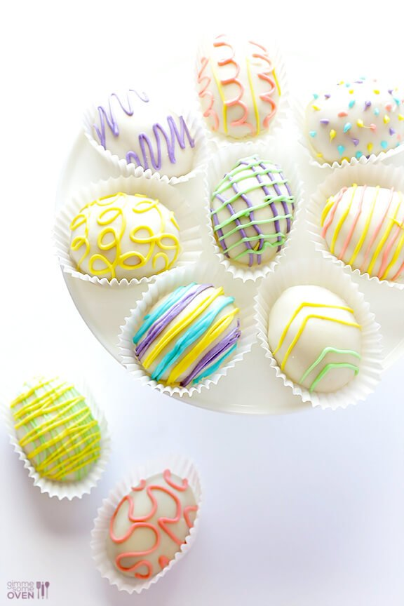 4-Ingredient Easter Egg (Golden) Oreo Truffles | gimmesomeoven.com