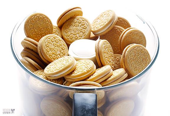 4-Ingredient Easter Egg (Golden) Oreo Truffles   gimmesomeoven.com