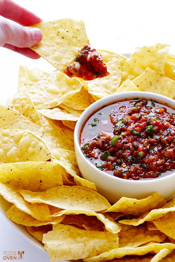 Restaurant-Style Salsa | gimmesomeoven.com #cincodemayo #vegan #glutenfree