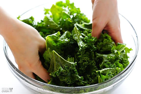 Sea Salt and Vinegar Kale Chips   gimmesomeoven.com #vegan #glutenfree