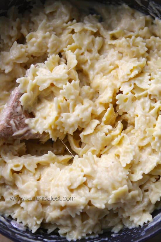 Cauliflower Mac & Cheese | laurenslatest.com