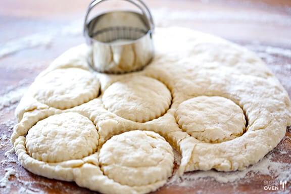 3-Ingredient Coconut Oil Biscuits | gimmesomeoven.com #breakfast #vegan