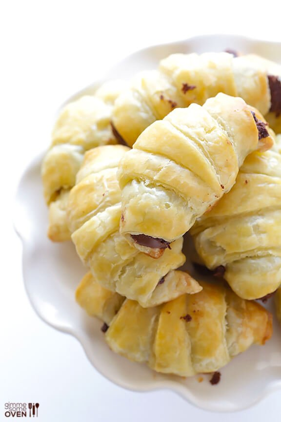 3 Ingredient Nutella Croissants | gimmesomeoven.com #dessert #chocolate