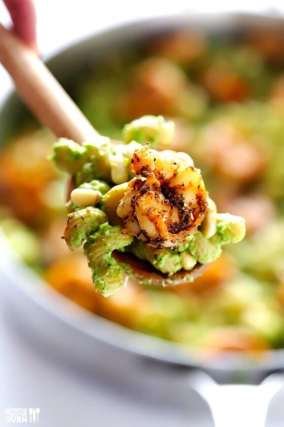 Asparagus-Spinach Pesto Pasta with Blackened Shrimp   gimmesomeoven.com #recipe