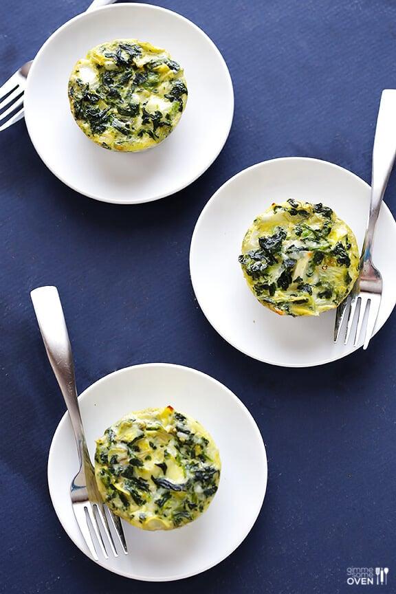 Easy Spinach Artichoke Quiche Cups | gimmesomeoven.com