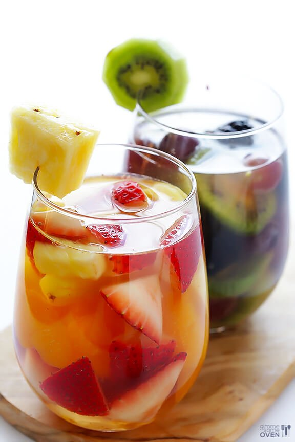 Easy Rainbow Sangria | gimmesomeoven.com #drinks #vegan #glutenfree
