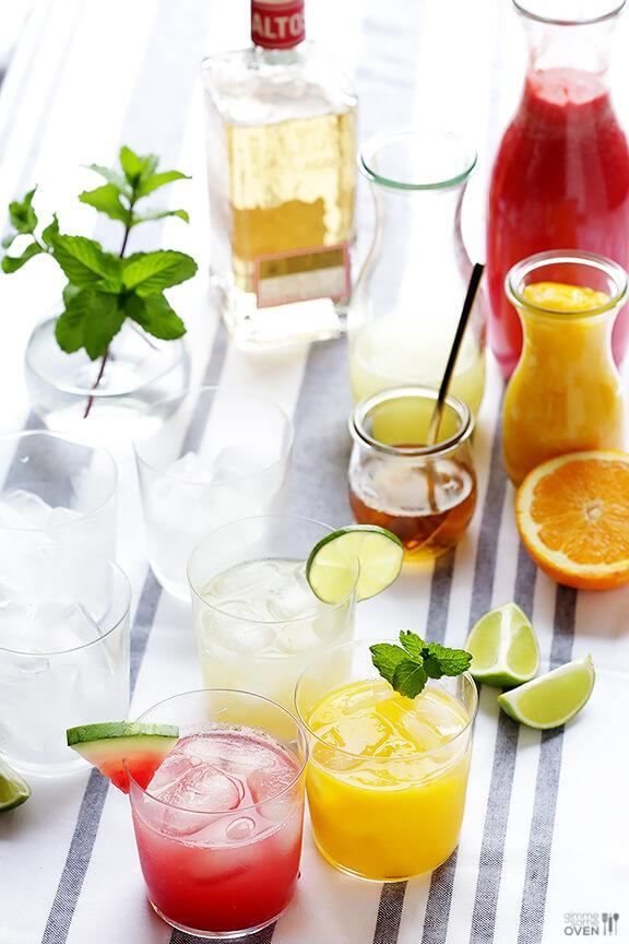 Skinny Margaritas + How To Make A Skinny Margarita Bar   gimmesomeoven.com #cocktail #drink