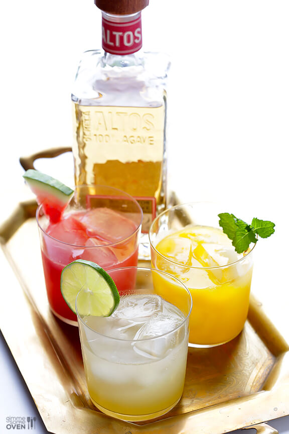 Skinny Margaritas + How To Make A Skinny Margarita Bar | gimmesomeoven.com #cocktail #drink