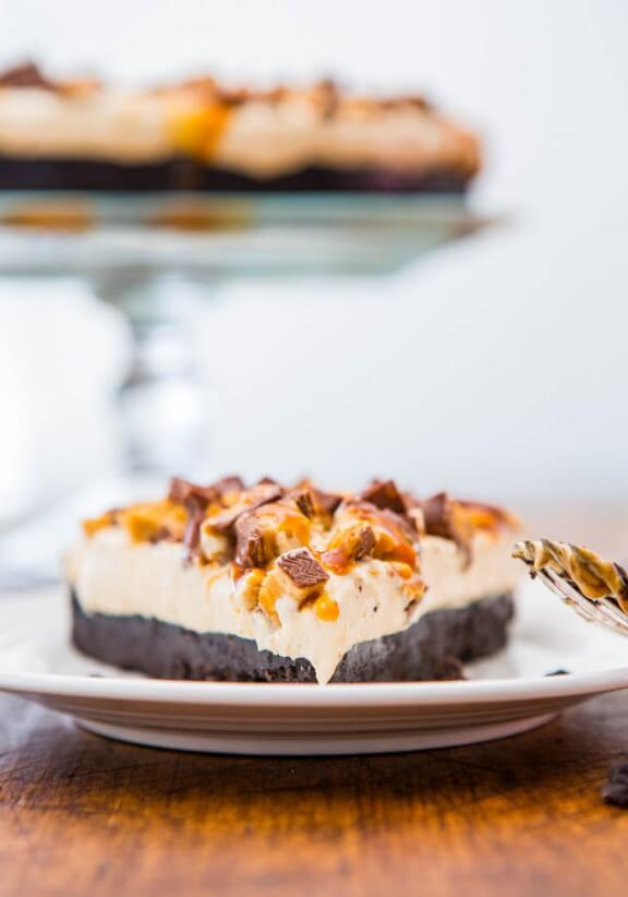 No Bake Deep Dish Peanut Butter Snickers Pie with Salted Caramel | averiecooks.com