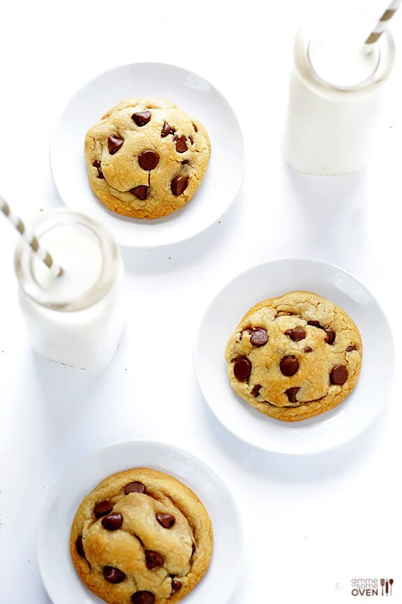 Coconut Oil Chocolate Chip Cookies -- soft, chewy, easy to make, and SO delicious | gimmesomeoven.com #dessert #cookies