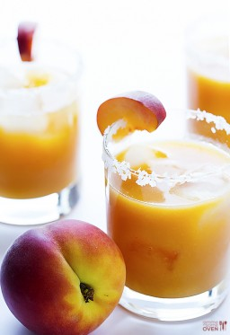 Fresh Peach Margarita {Gimme Some Oven}