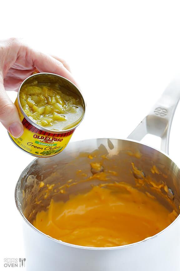 Chorizo Queso (Chorizo Cheese Dip) | gimmesomeoven.com