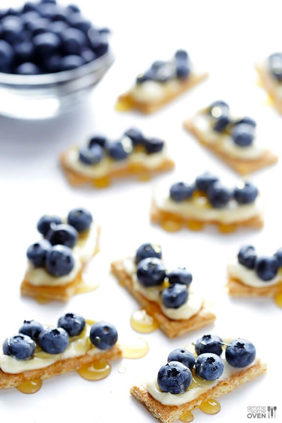 "Easy Blueberry ""Cheesecake"" Bites -- all you need are 4 ingredients..."