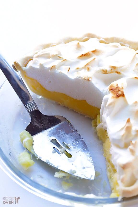 Lemon Meringue Pie | gimmesomeoven.com #dessert #pie #recipe