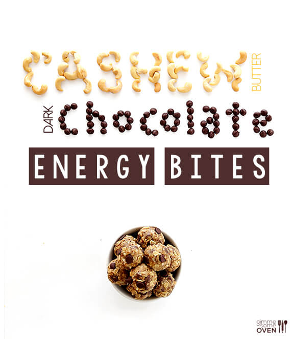 Cashew Dark Chocolate Energy Bites | gimmesomeoven.com #glutenfree #vegan