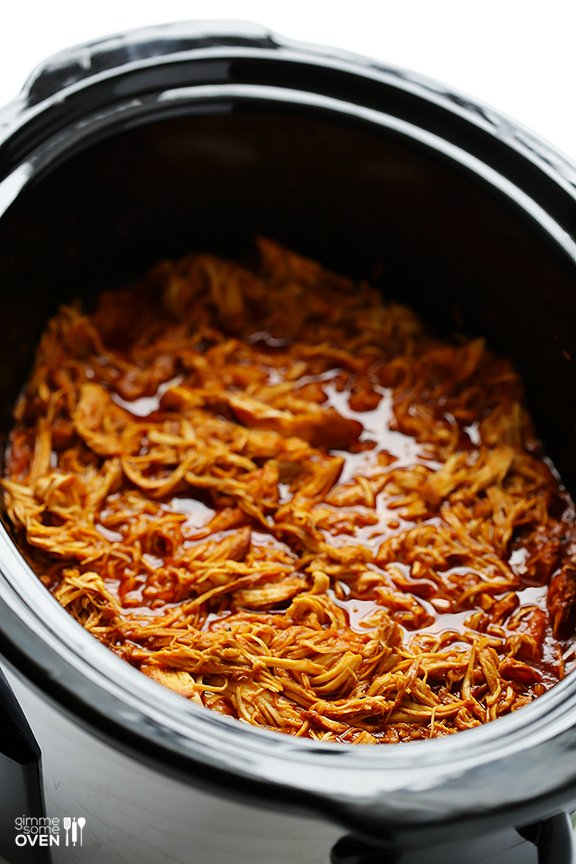 2-Ingredient Slow Cooker BBQ Shredded Chicken | gimmesomeoven.com #crockpot #slowcooker