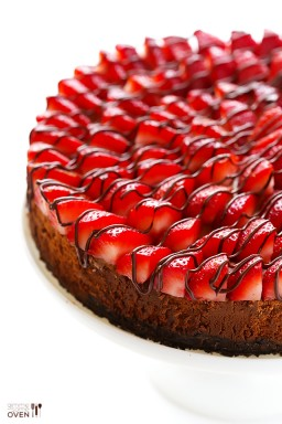 Strawberry Nutella Cheesecake {Gimme Some Oven}