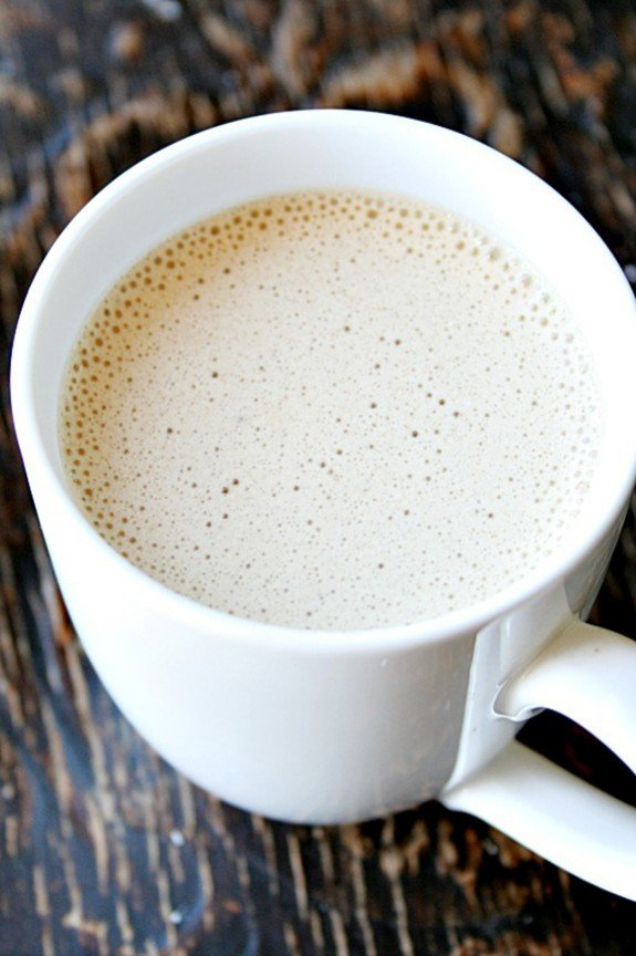 Coconut Latte | heathersfrenchpress.com
