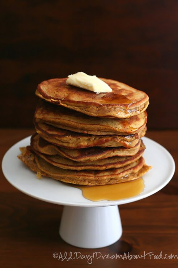 Pumpkin Coconut Flour Pancakes | alldayidreamaboutfood.com
