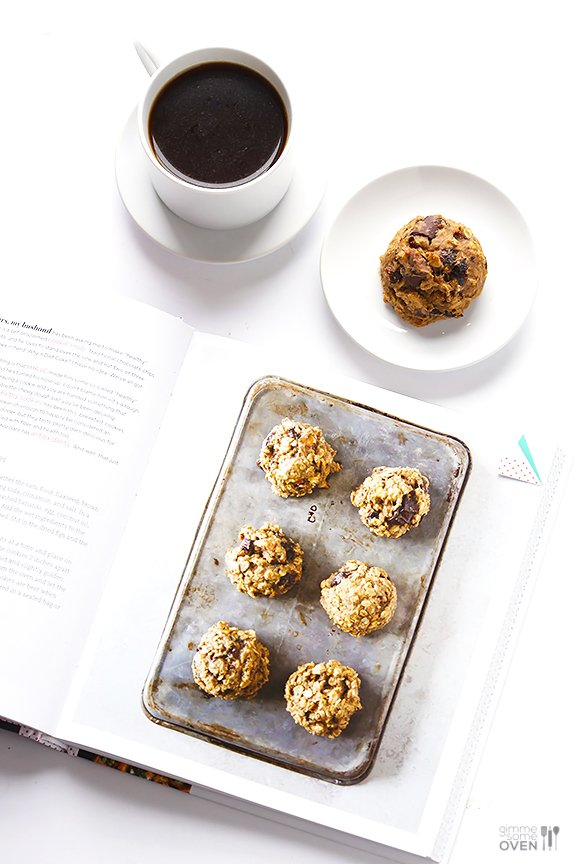 Breakfast Cookies | gimmesomeoven.com #seriouslydelish