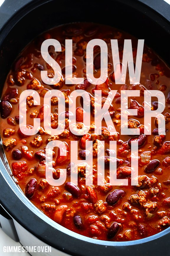 Classic Slow Cooker Chili -- super easy to make, and SO GOOD! | gimmesomeoven.com #soup #fall #gameday