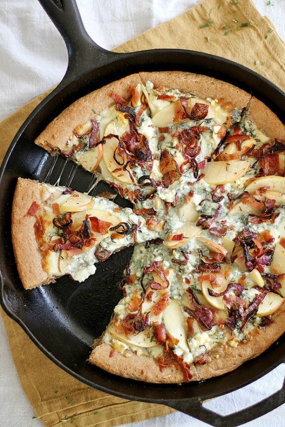 Caramelized Apple, Bacon & Blue Cheese Pan Pizza | girlversusdough.com
