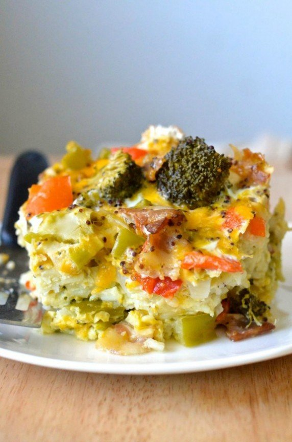 Healthy Crockpot Breakfast Casserole | apple-of-my-eye.com