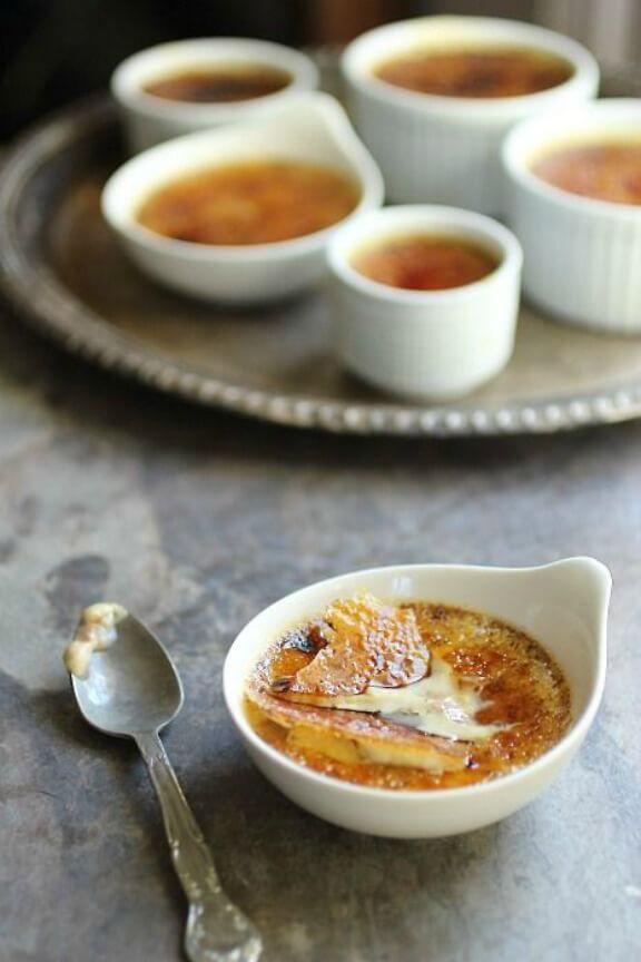 Pumpkin Creme Brûlée with White Chocolate | foodnessgracious.com