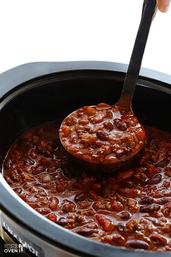 Slow Cooker Chili | gimmesomeoven.com