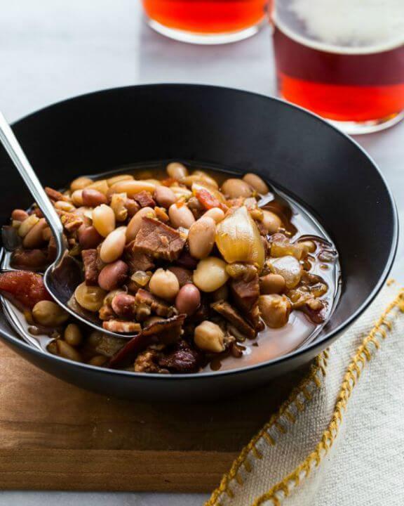 Slow Cooker Ham and Bean Soup | jellytoastblog.com