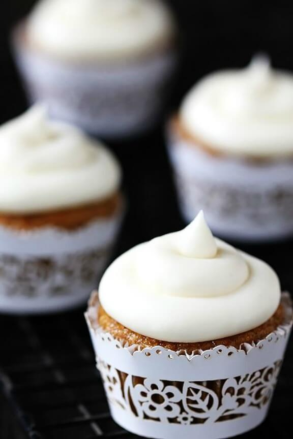 Spiced Butternut Squash Cupcakes with Maple Cream Cheese Frosting | gimmesomeoven.com