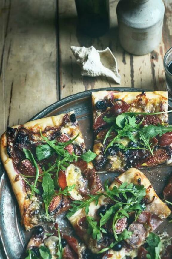 Waiheke Pizza with Figs, Grapes, Blue Cheese & Prosciutto | fromthekitchen.co.nz