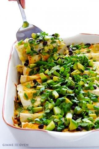 Breakfast Enchiladas | gimmesomeoven.com