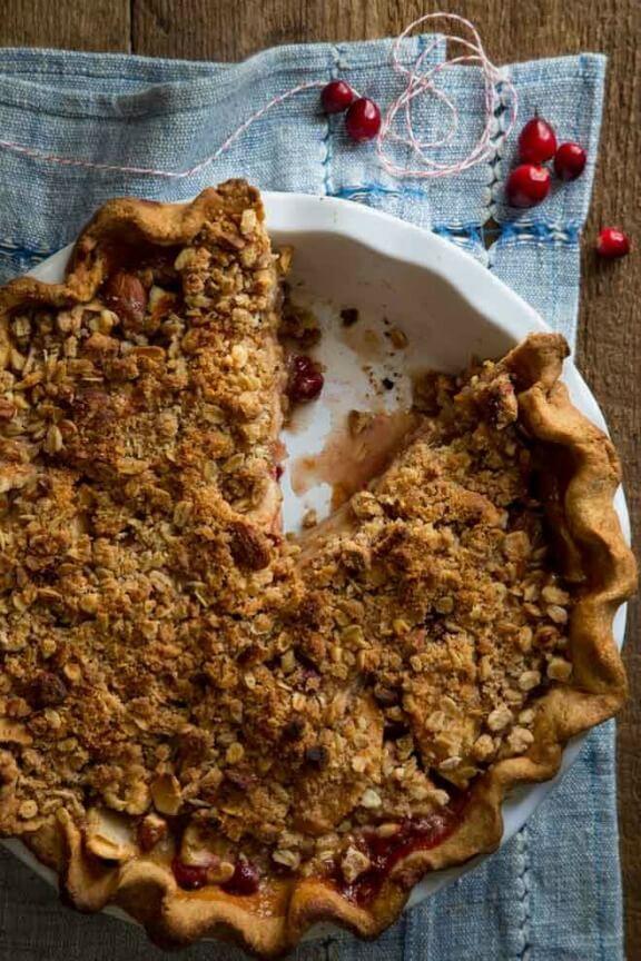 Cranberry Maple Apple Crumb Pie | healthyseasonalrecipes.com