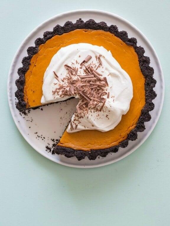 Pumpkin Pie with a Chocolate Crust | spoonforkbacon.com