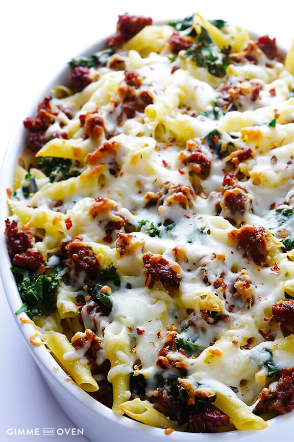 5-Ingredient Italian Sausage and Kale Baked Ziti | gimmesomeoven.com