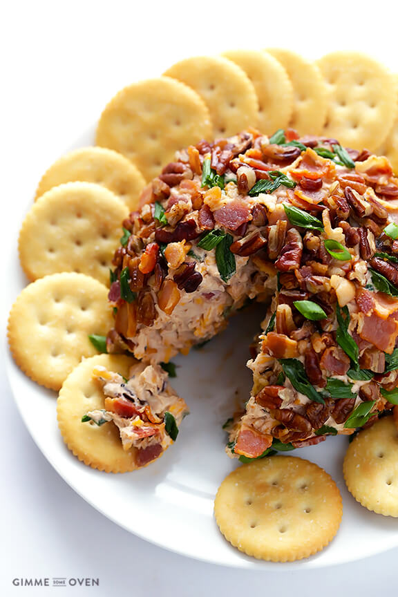 BBQ Bacon Cheese Ball -- all you need are 6 simple ingredients to make this sweet and savory cheese ball appetizer | gimmesomeoven.com