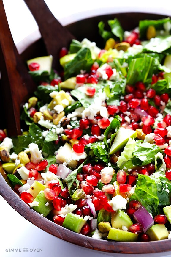 Pomegranate Pear Avocado Salad -- fresh, flavorful, and simply delicious! | gimmesomeoven.com
