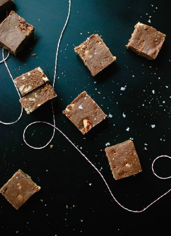 Easy Salted Oat Fudge | cookieandkate.com